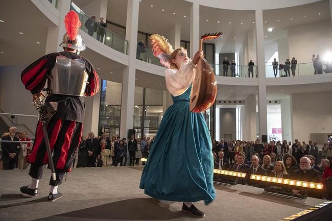 Eintauchen in Caravaggios Welt: Die Commedia dell'Arte am Eröffnungsabend. © Bayerische Staatsgemäldesammlungen, Foto: Haydar Koyupinar